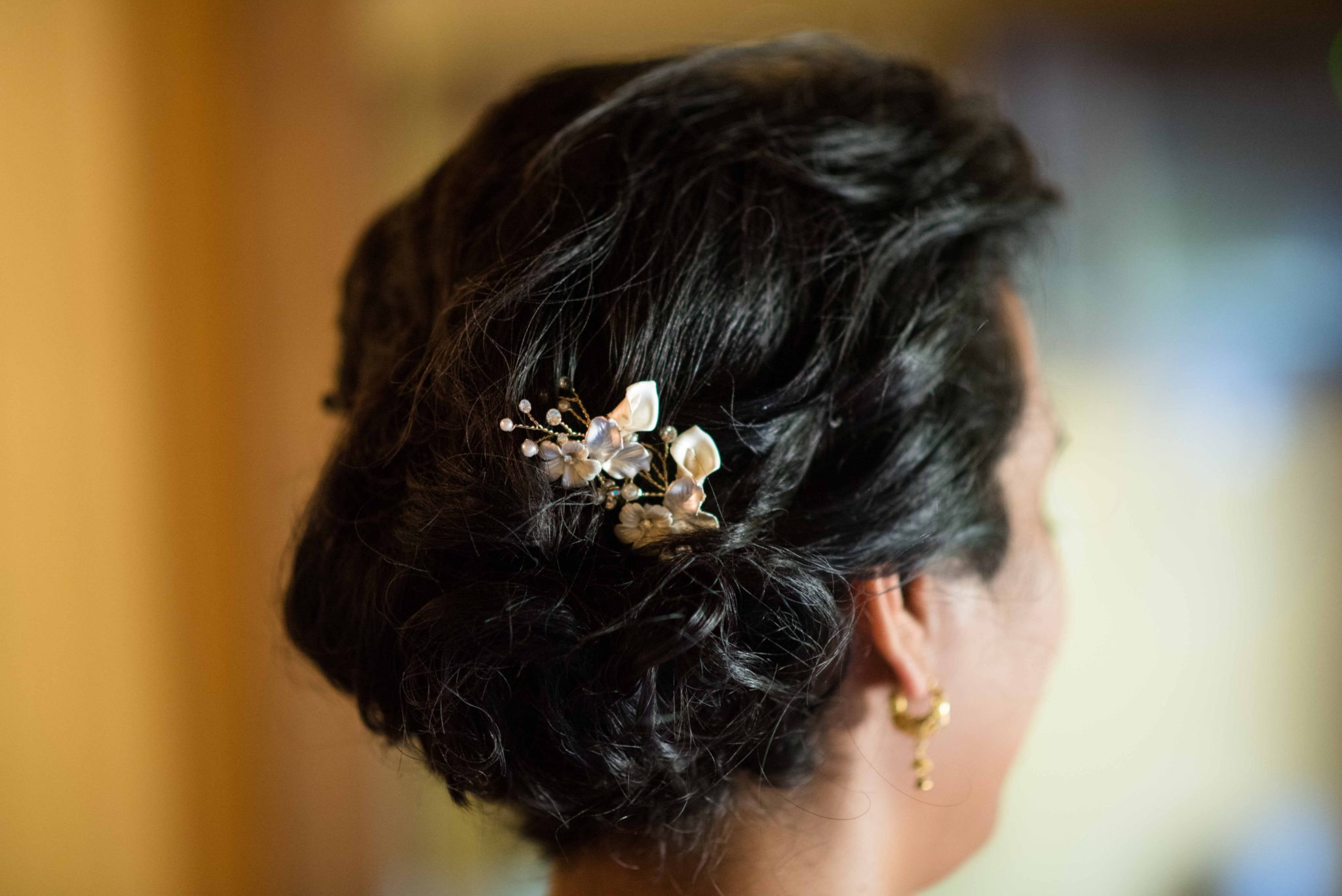 Bridal hair jewelry detail