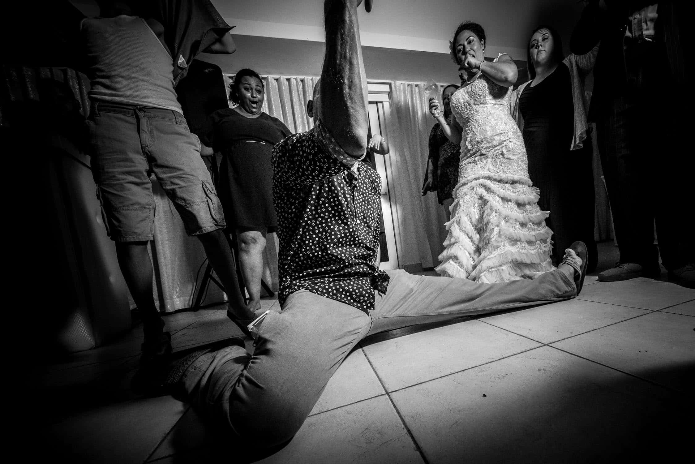 Wedding photography black and white dancing